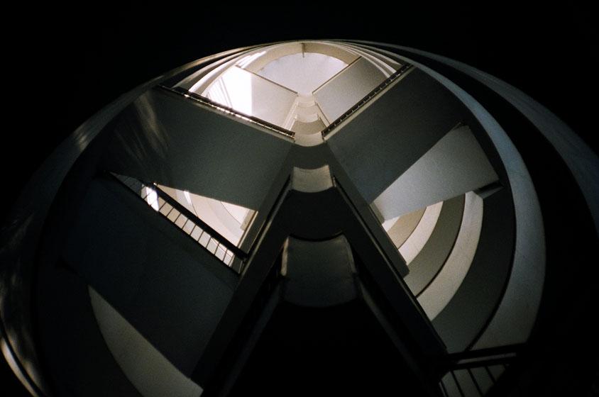 http://www.icallarchitecturefrozenmusic.com/files/gimgs/25_74690021-edit.jpg